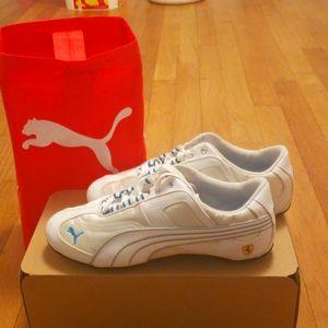 Women's Puma Ferrari sneakers